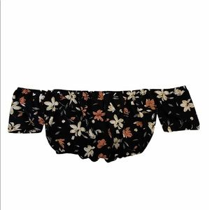 🚨4/$30sale🚨Floral Off-the-shoulder crop top
